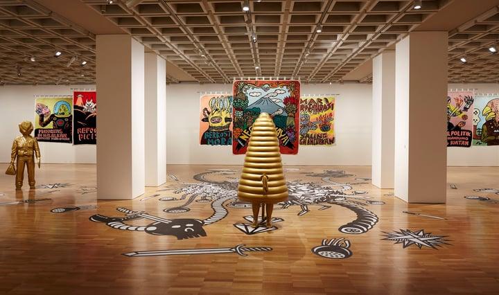Eko Nugroho Kercerdasan bukan untuk mengelabuhi from the installation Lot Lost 2013–15